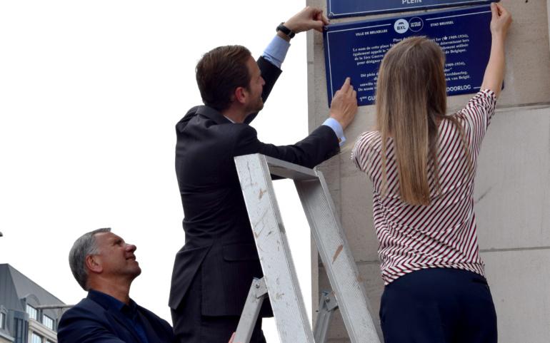 COMM PRESSE    La Ville de Bruxelles installe 17 plaques de rue explicatives dans le cadre des commémorations de la fin de la Première Guerre mondiale